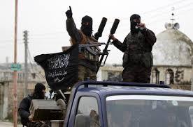 SIRIA: L'ISIS ORDINA LA LEVA OBBLIGATORIA DEI GIOVANI MUSULMANI CONTRO L'AVANZATA DI RUSSI E GOVERNATIVI